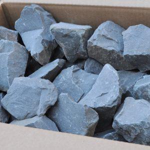 Камень порфирит коробка 20кг колотый